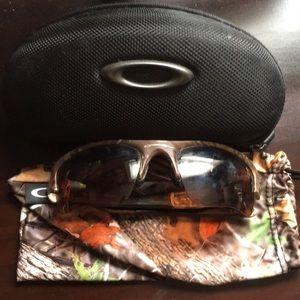 Other - Men's Oakley Camo Sunglasses